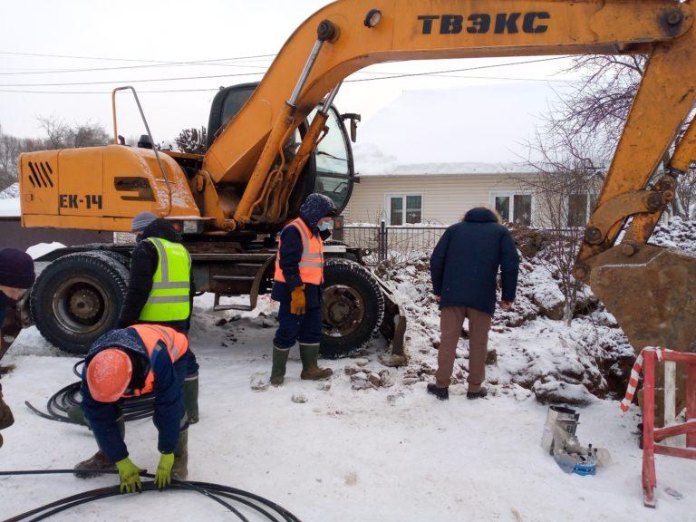 В Йошкар-Оле работники водоканала круглосуточно ведут ремонтные работы