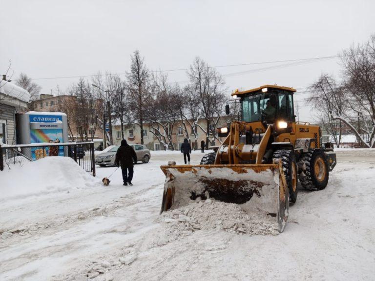 В Йошкар-Оле дороги обработают противогололедными материалами