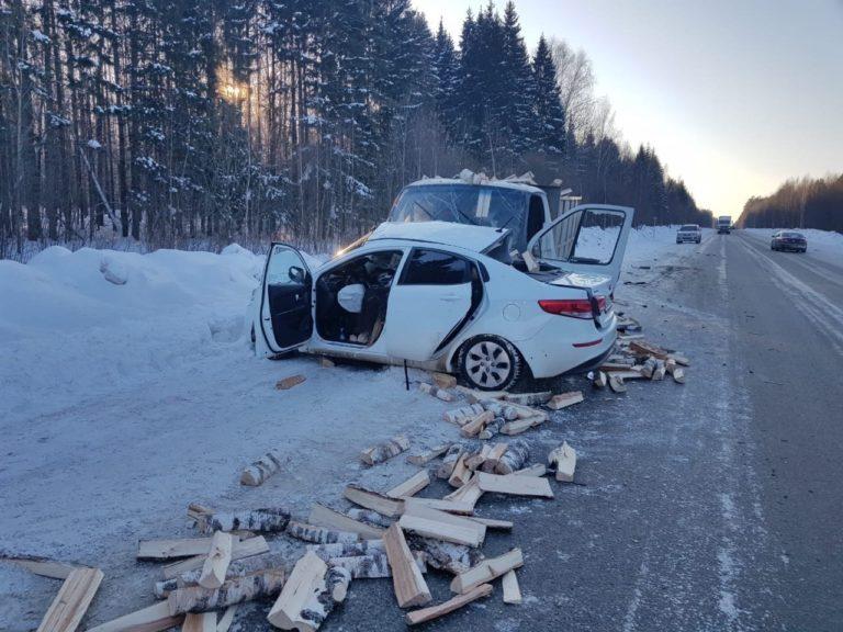 В ДТП на дороге Марий Эл погибла девушка-водитель