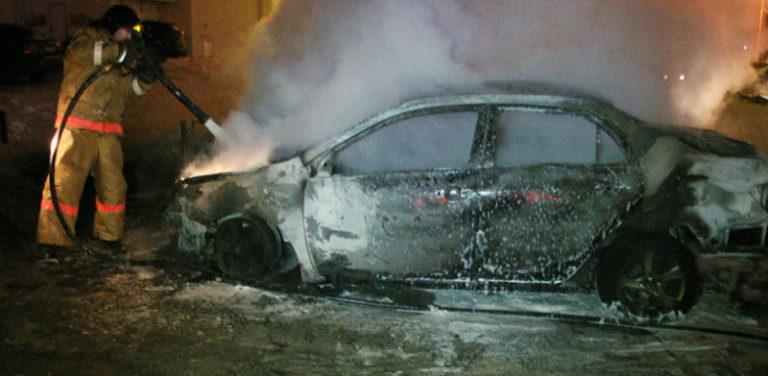 Вчера в Йошкар-Оле загорелся автомобиль