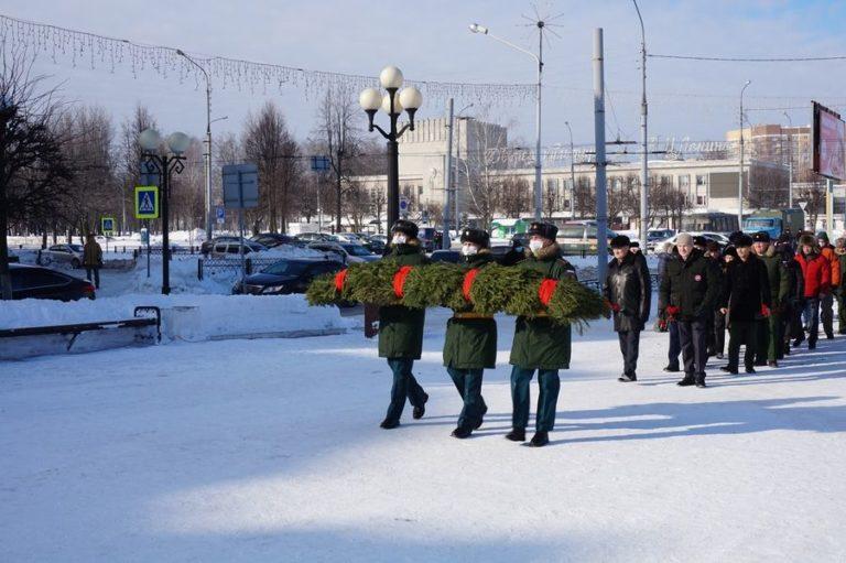 Памятный митинг, посвященный подвигу 6-й роты состоялся вЙошкар-Оле