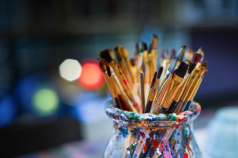 День путешествий налегке и Всемирный день искусства: какие праздники смогут отметить йошкаролинцы 15 апреля