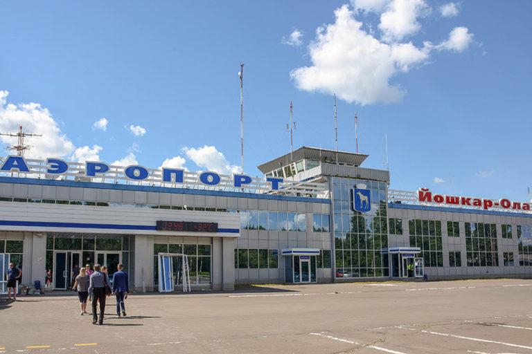 В Марий Эл в аэропорт Йошкар-Олы из Сочи 13 июня прилетели 40 пассажиров и 1 собака