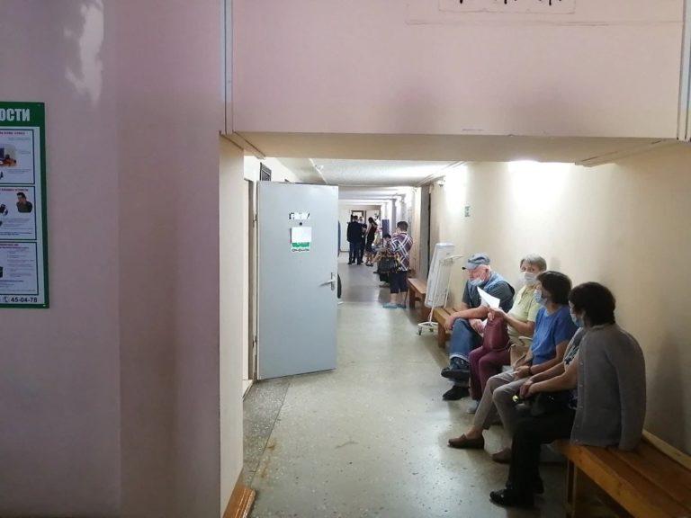 В Центре вакцинации в Йошкар-Оле за 2 дня привились 333 человека