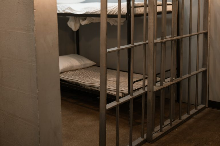 В Марий Эл 21 июля задержали двух подростков с крупной партией наркотиков