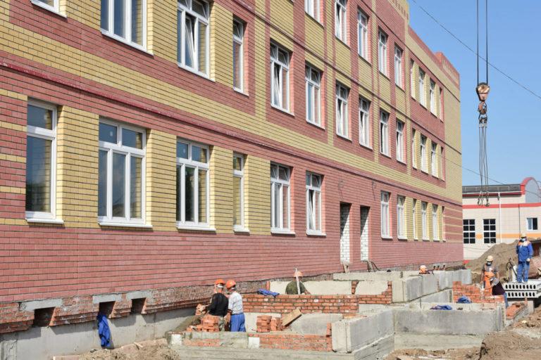 В Марий Эл в 2021 году выделили 440,9 млн рублей на капремонт 27 школ