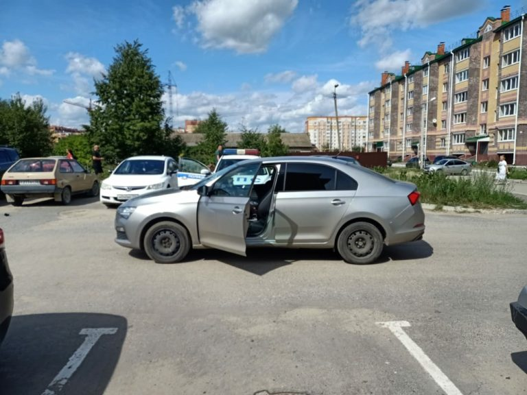 В сегодняшнем ДТП в Йошкар-Оле пострадал 2-летний ребенок