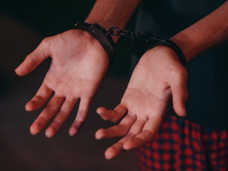 Полицейские Марий Эл задержали мужчину, подозреваемого в краже 80-ти тысяч рублей