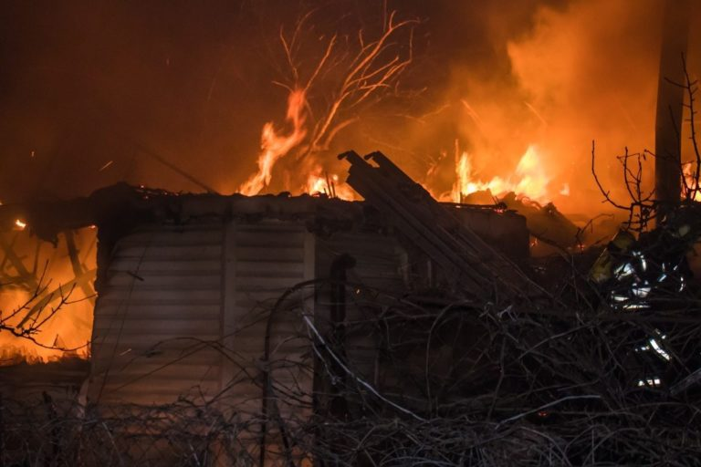 В пригороде Йошкар-Олы ночью горел садовый домик
