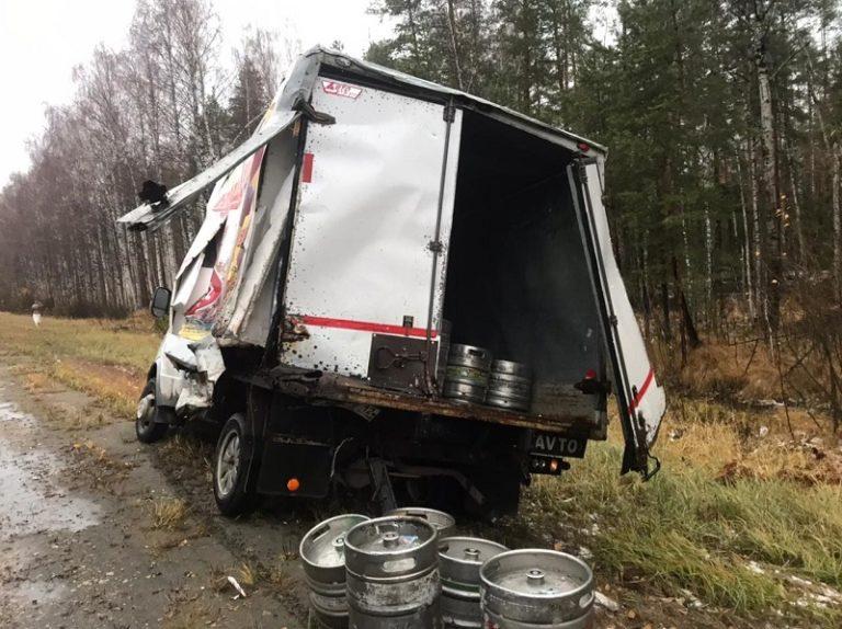 В Марий Эл при столкновении грузовика и Газели пострадал 27-летний водитель