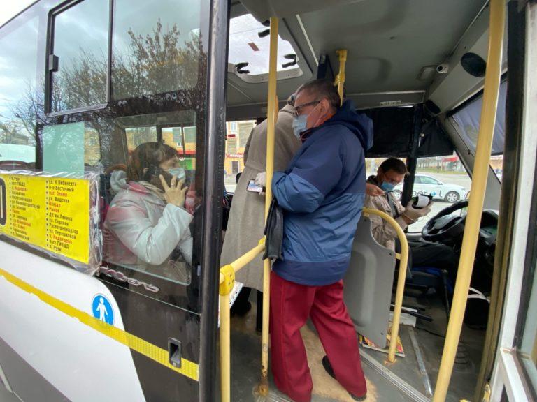 В маршрутках и троллейбусах Йошкар-Олы проверили соблюдение масочного режима