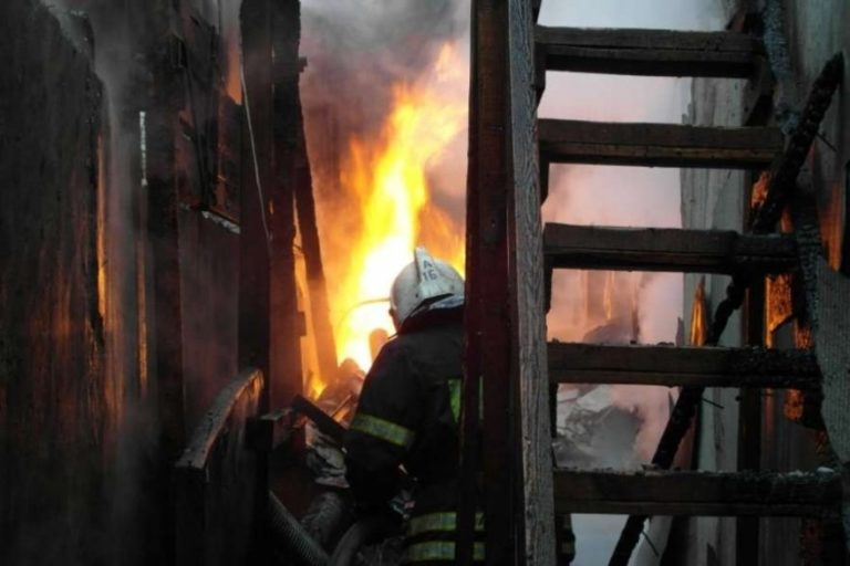 В Йошкар-Оле горел жилой дом